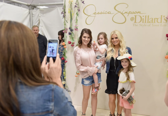 Jessica Simpson Hosted a Fashion Show for Army...