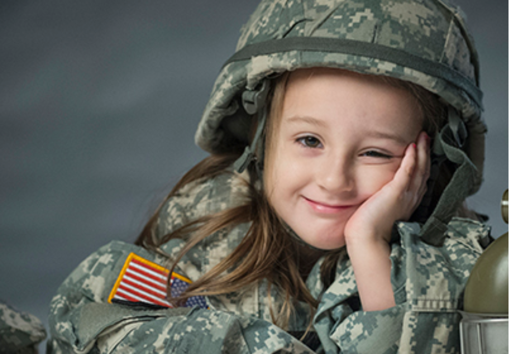 military brat Loading moving trucks, developing new relationships, and adjusting to new surroundings every three years is how any military brat, myself included, would describe their childhood because my dad has been a us marine for the past 27 years, by the age of two, i had already lived on both coasts of the.